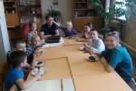 Baptiste no Francijas māca Stelpes bērniem franču virtuves noslēpumus