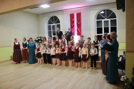 Latvijas dzimšanas diena 2017 ar vokālo ansambli ELIKSĪRS